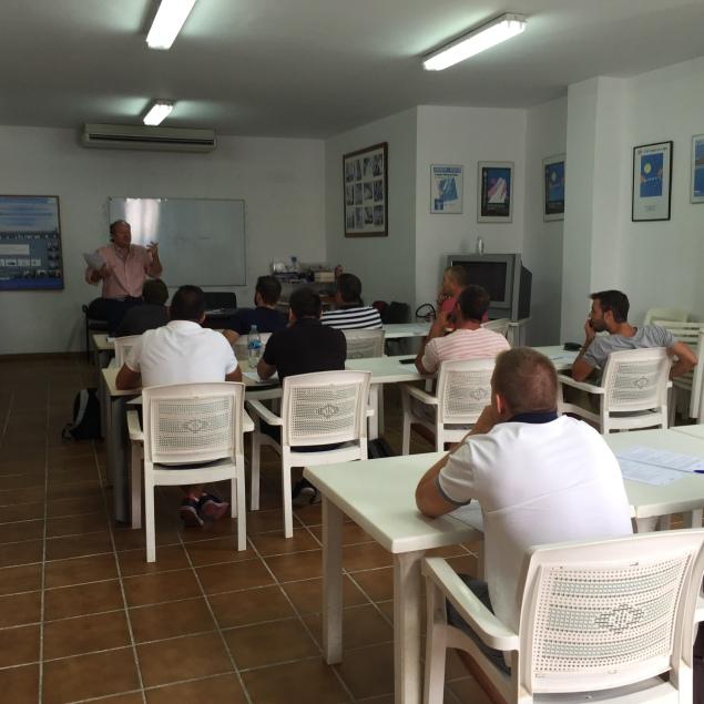 Monitor moto acuática en Altea (Alicante)